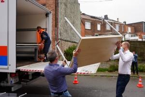 FOD Financiën schenkt meubels en huishoudapparaten aan slachtoffers van noodweer